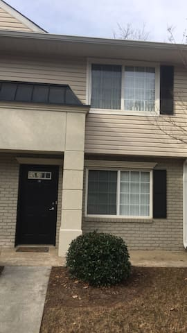 Gated 2 Level Condominium - Sandy Springs