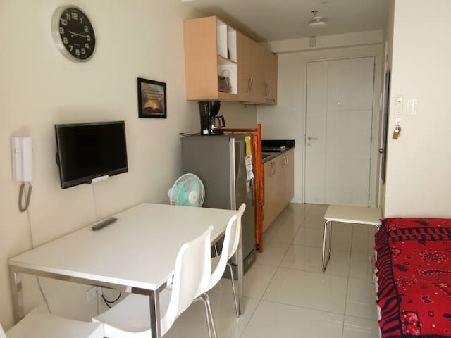 Tagaytay Condo Unit with a View