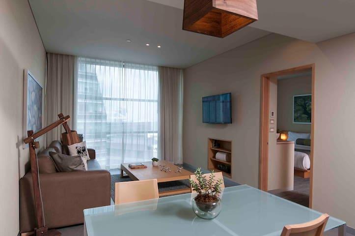 Suite minimalista totalmente equipada y céntrica
