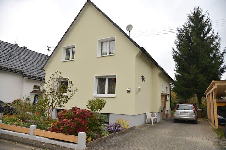 familienfreundliche Wohnung - Windeck - Lejlighed