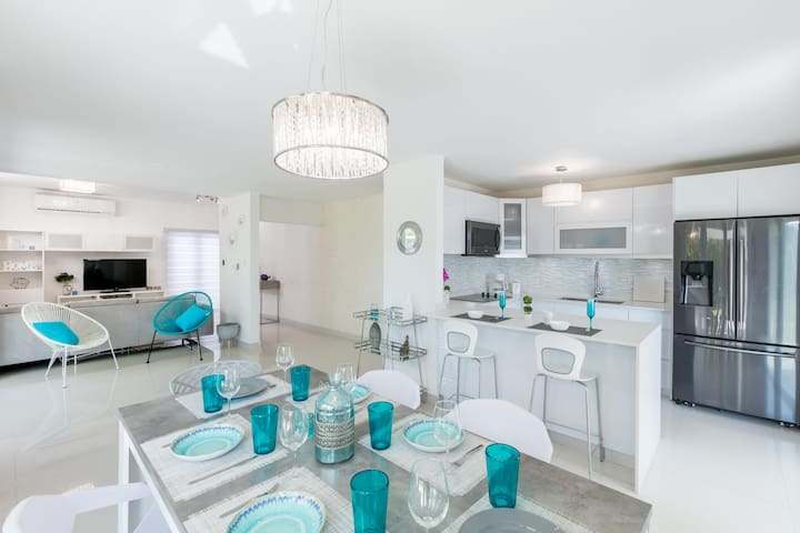 Villa Akuarela