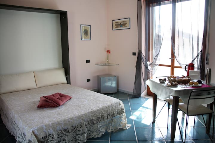B&B Laura - Mercogliano - Bed & Breakfast