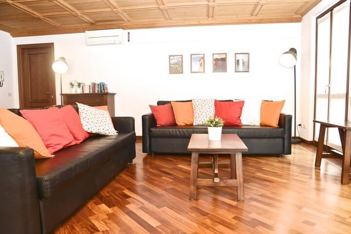 Laila apartment: first floor, 1 bedroom, 1 bathroom (4 people)