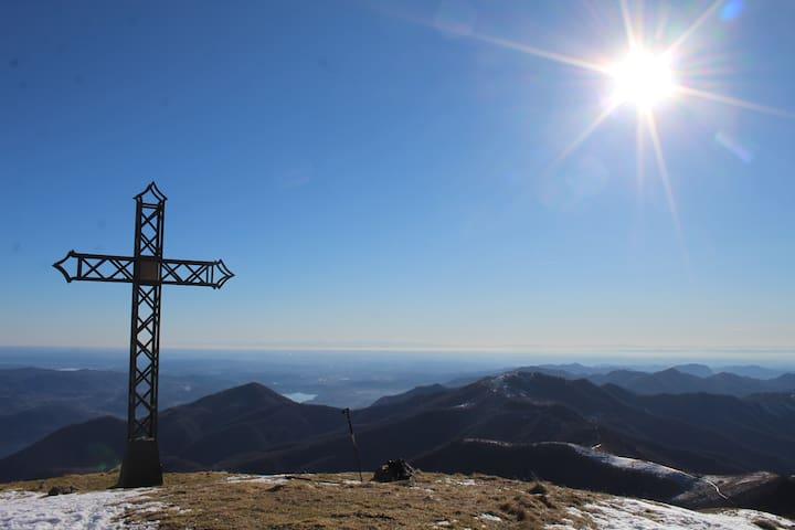 Il Lago d'Orta dal Monte Croce