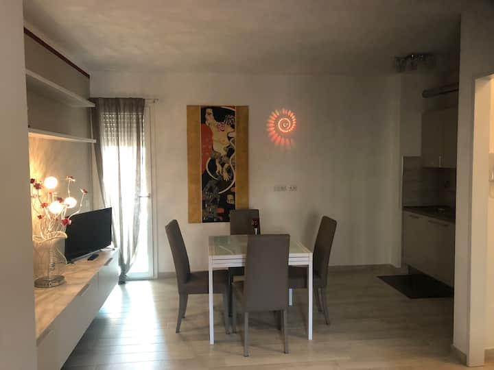 (3)Splendido appartamento, nuovissimo,  centro GR