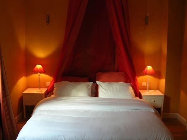 Chambre Orangeraie - Bouesse - Bed & Breakfast