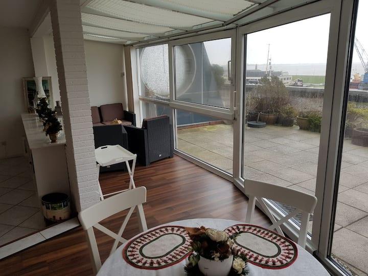 Schöne Wohnung mit Hafenblick
