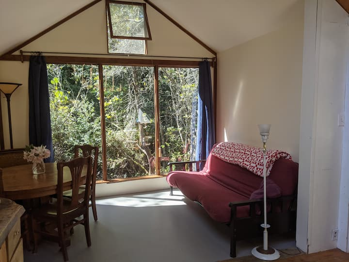 Juliette's Place - Be In The Woods -  Retreat