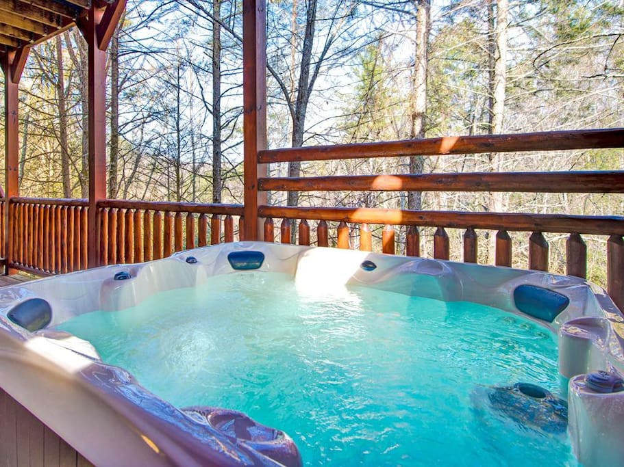 There are 2 hot tubs too - Hemlock Inn's roomy wraparound decks house 2 hot tubs, so that everyone can get a chance to laze among