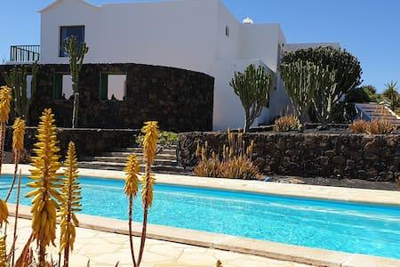 Villa Ayla 1