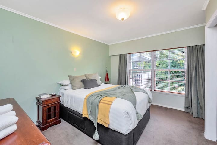 The bedrooms in this home are large and cosy with plenty of storage. Decorated in relaxing pastel colours and accented in the soft furnishings. This is a real home away from home. Perfect for the longer stays for business people.