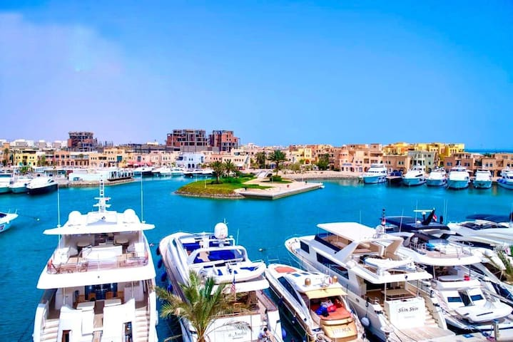 Penthouse in El Gouna with sea view&swimming pool
