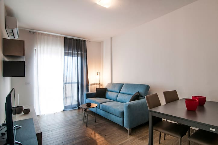 Fonte Laurentina Blu Apartment x4 NEW!