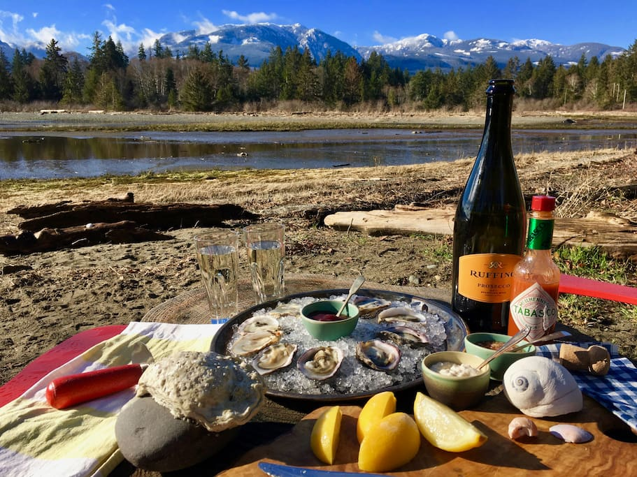 Picnic the Fanny Bay way with Oysters!