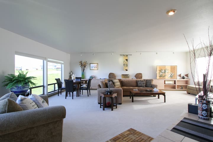 Spacious Bodega Beach House - Bodega Bay - Haus