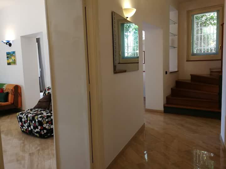 Luminoso appartamento sull'Hortus Conclusus
