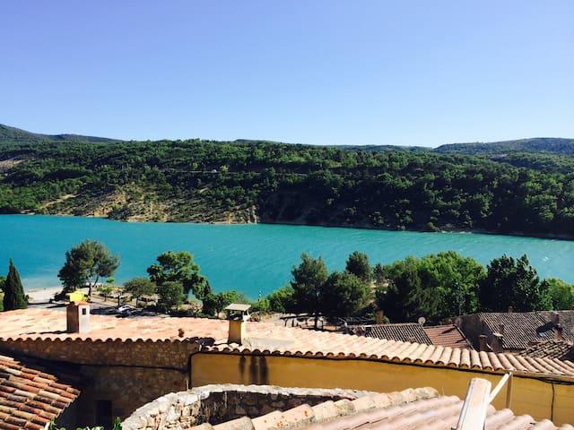 Vacances au bord du Lac de Ste Croix Le Verdon - Bauduen - Dům