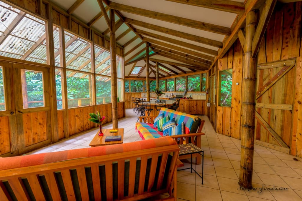 Casa Mariposa open-plan living space, plenty of room for everyone