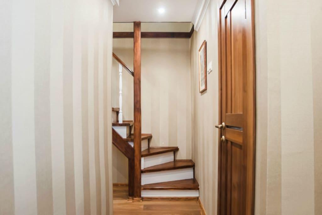 коридор, лестница