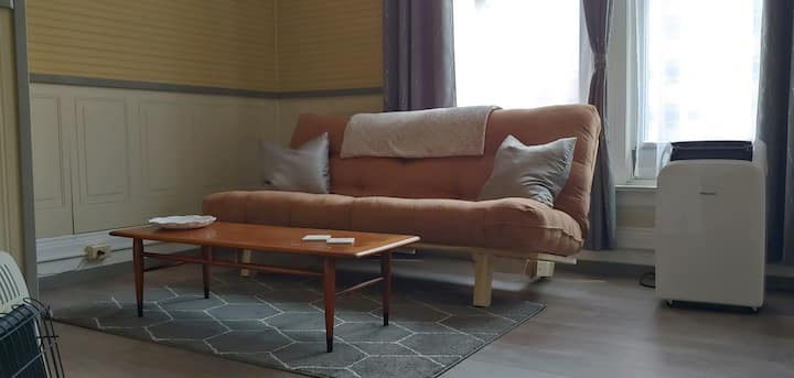 Pinciaro Properties Main Street Airbnb