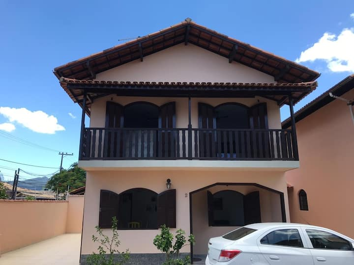 Casa 2 andares em Rio das Ostras p/ até 10 pessoas