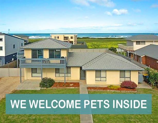Petlet 19: Ocean Views 3BR Kids Fun House - Middleton - Hus
