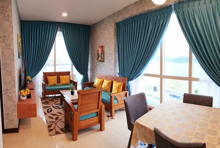 LUXURIOUS,Good Value. FREE -WIFI, Seaview. 高级酒店式公寓