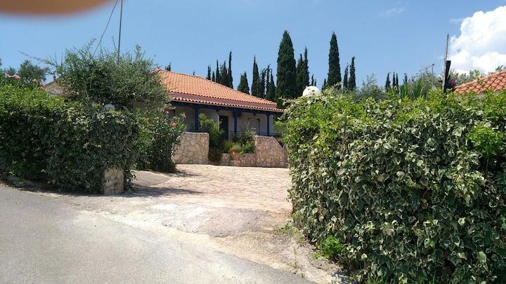 Takis Michalis House close to sandy beach peroulia