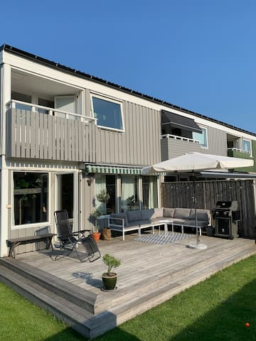 Cosy house by the sea, 10km to central Gothenburg