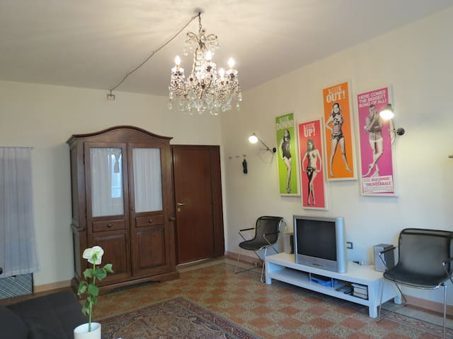 Self contained, town centre elegance - Vigevano - Flat