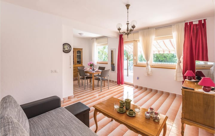 Awesome home in Tucepi with WiFi and 2 Bedrooms