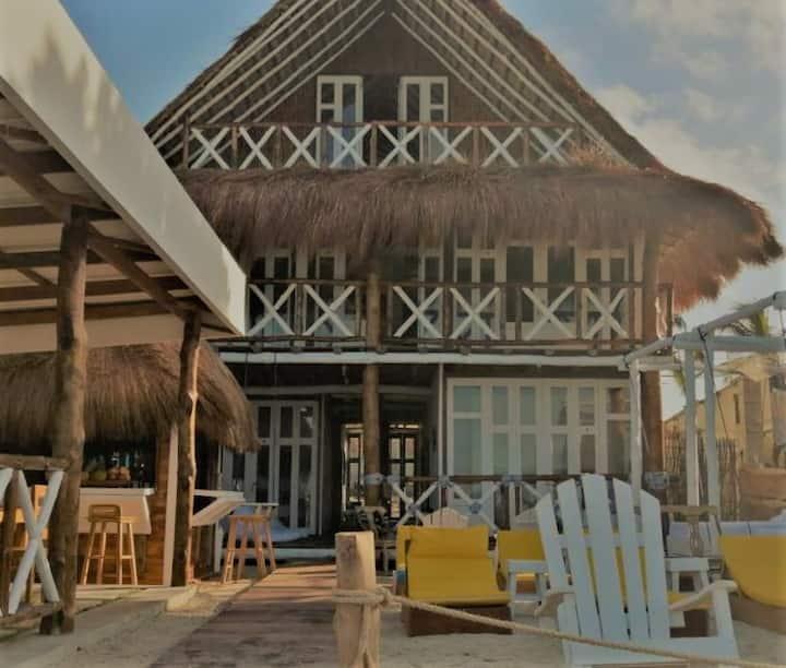 Mira  Mira Beach Hotel Comodidad y distinción