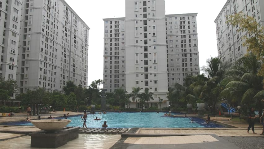Clean places @ kalibata city 2 br + swimming pool
