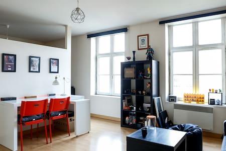 Studio Lumineux dans le Vieux-Lille - Lille - Lägenhet