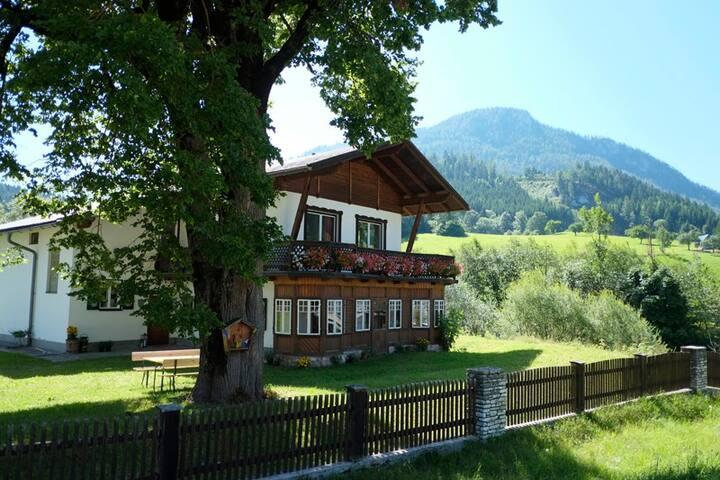 Wunderschönes Landhaus für 3 - 9 Personen