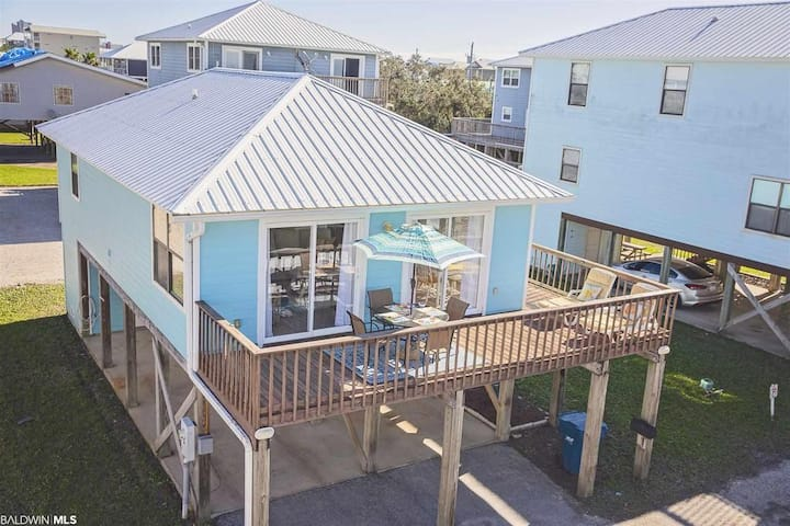 Adorable Beach Cottage at Osprey Little Lagoon