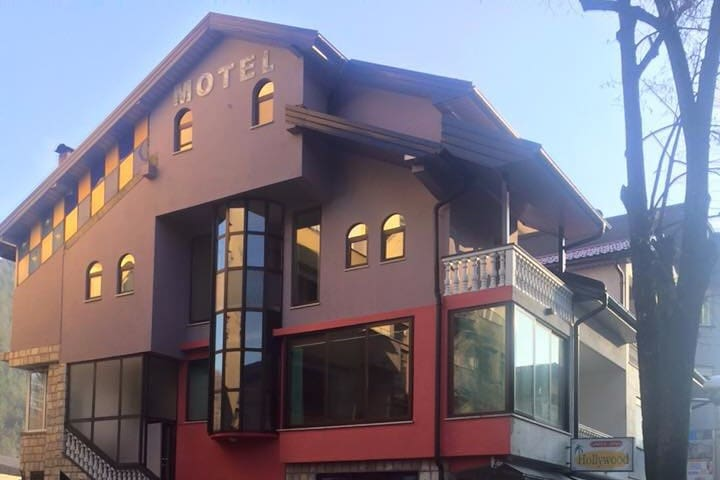 Motel Hollywood - single room