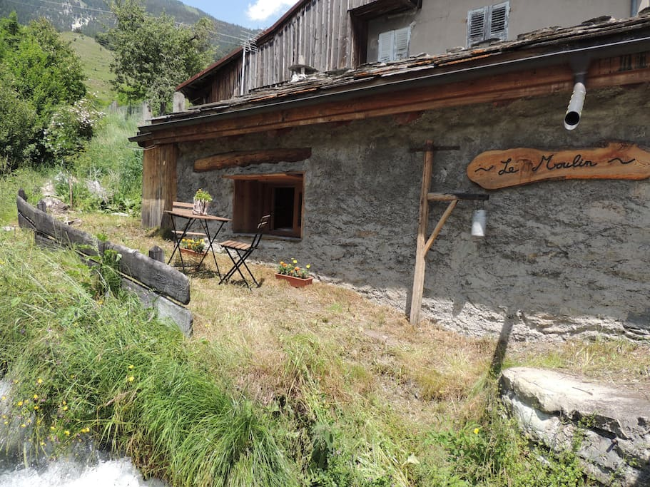 watermill of our beautiful mountains tiny houses for rent in modane auvergne rh ne alpes france. Black Bedroom Furniture Sets. Home Design Ideas