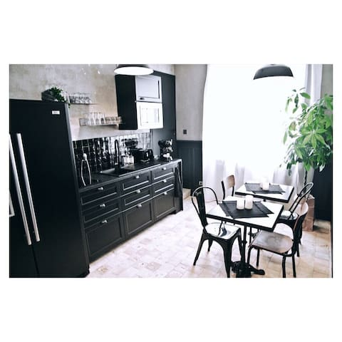 -LA CORDIALITÉ- Appartement n•2 vue mer