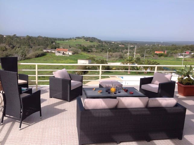 Penthouse with 120 M2 terrace on ocean-countryside