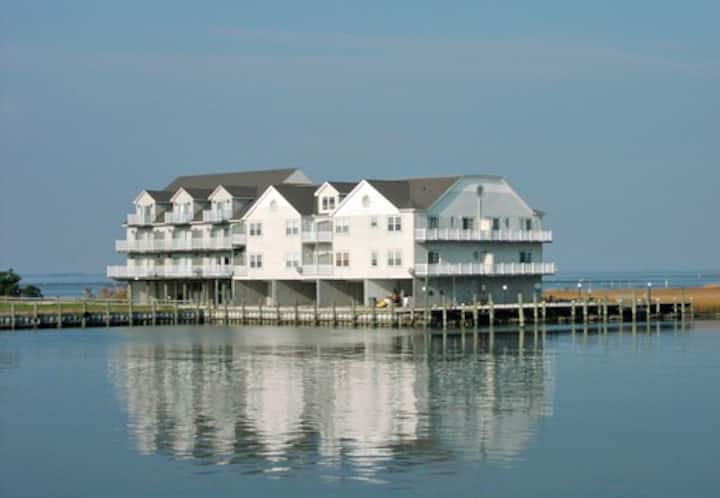 No Egrets-Newly Renovated! Waterfront w/Dock!