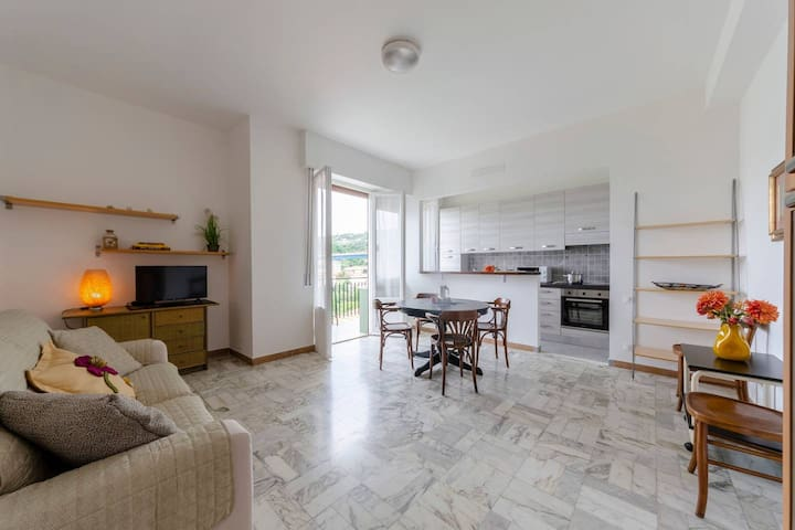 Hintown Lavagna Family Holiday Flat