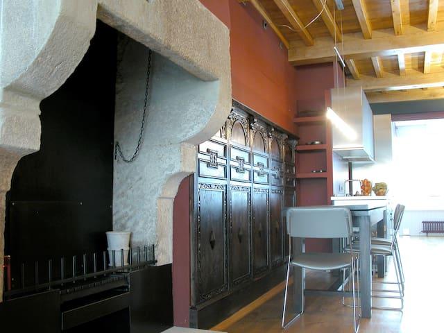 Modern Flat in Historic Compostela