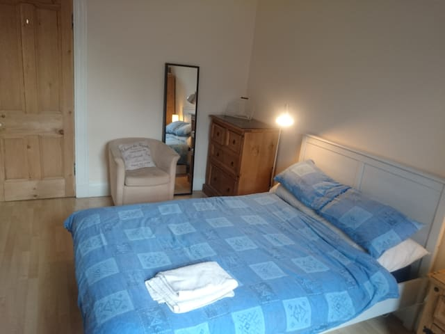 A bit more of the double bedroom