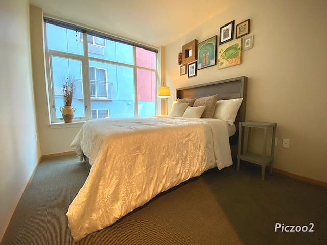 Beautiful 2 Bdr W/Rootop WaterView Near Pike Place
