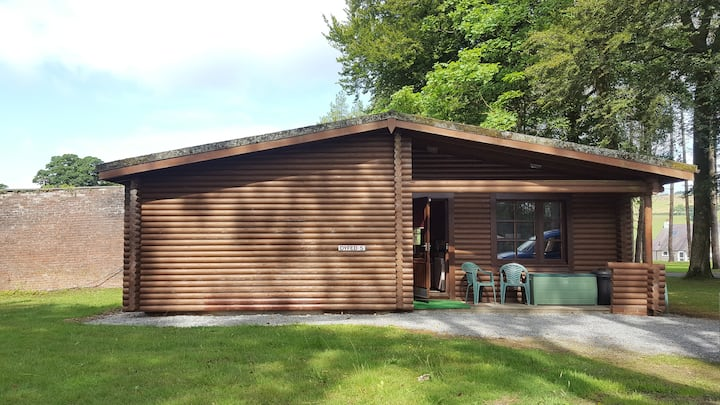 Dyfed 5 cosy self catering lodge