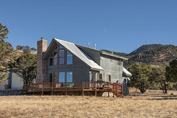 Rhode's Hideaway- Pet Friendly, Minutes to Salida, Close to Monarch