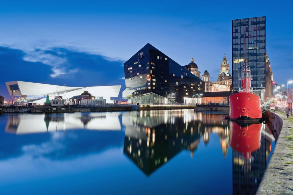 The famous Liverpool Docks. This picture was taken just 500 yards from the apartment.