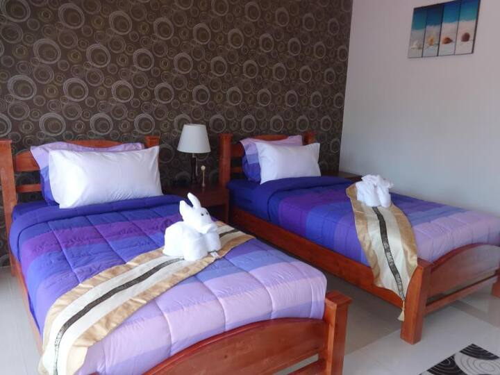 Cozy Villa Twin Room at Nature Line Resort