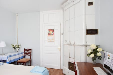 The cozy room in center for you! - Sankt-Peterburg - Apartment